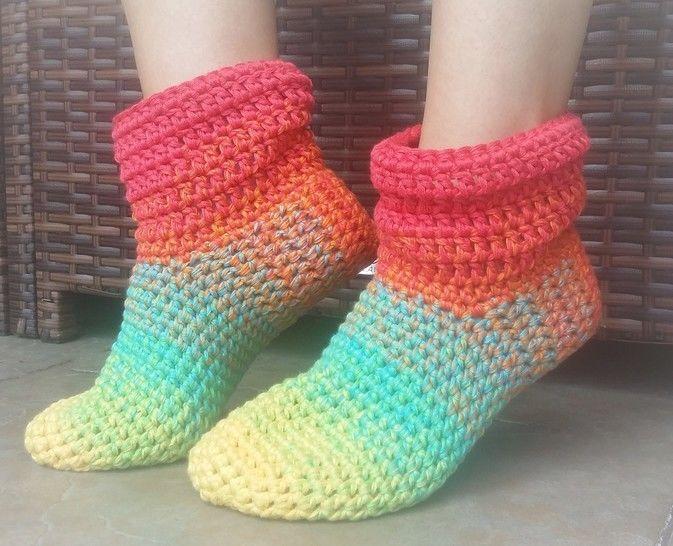 "Download Crochet Pattern ""Oma Mine"" slipper - Crochet Patterns immediately at Makerist"