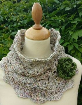 Download Sonya Cowl - Crochet Patterns immediately at Makerist