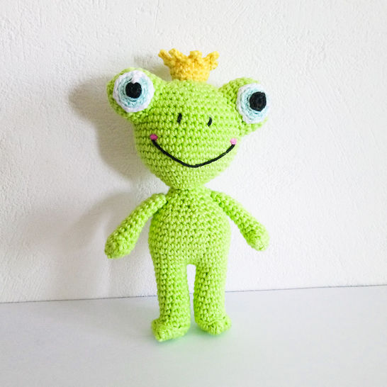 Download Todd The Frog - Amigurumi Crochet Pattern - Crochet Patterns immediately at Makerist