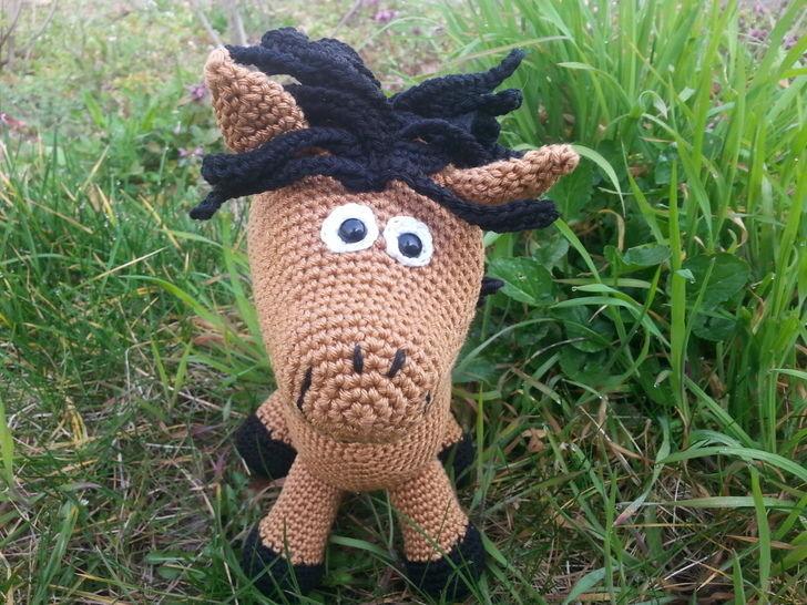 Pony Paula - Häkelanleitung - Häkelanleitungen bei Makerist sofort runterladen
