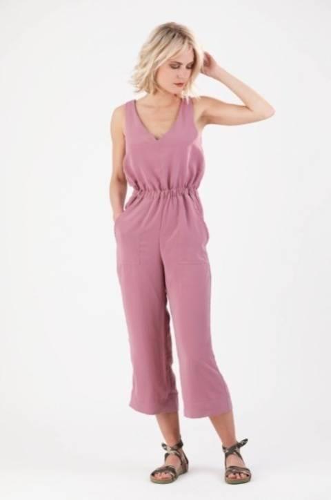 Télécharger Salopette / Jumper Carla - Patron de couture et tutoriel en Français tout de suite sur Makerist