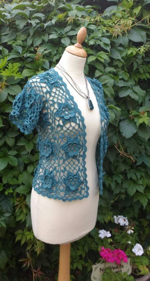 Download Flower Power Crochet Bolero Pattern immediately at Makerist