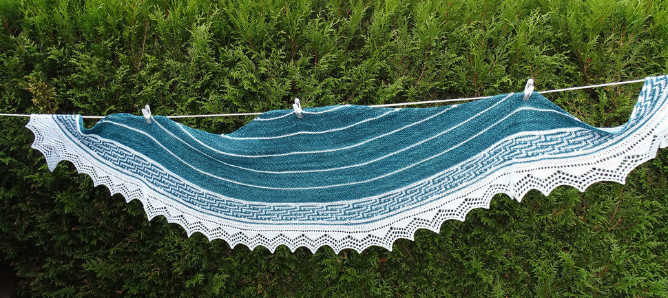 Download Riverrun Shawl - Knitting Patterns immediately at Makerist