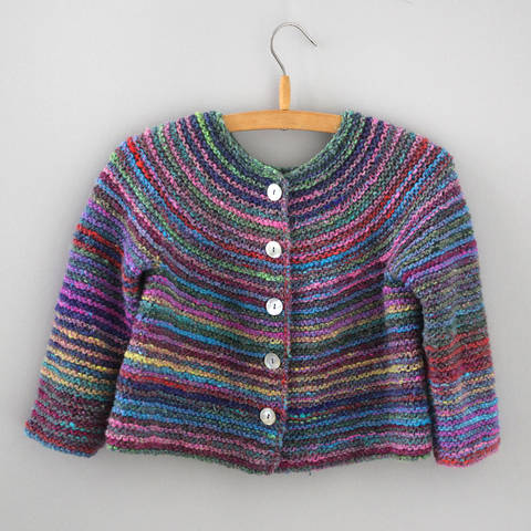 Download Cardigan EVA / Knitting Pattern immediately at Makerist