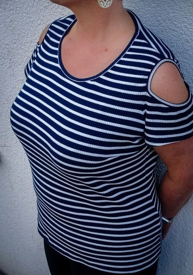 Shirt Hella mit Schulter cut out, Gr. 42-46, Schnittmuster und ...