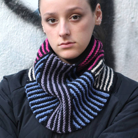 Download Cowl NELLY / Knitting Pattern immediately at Makerist
