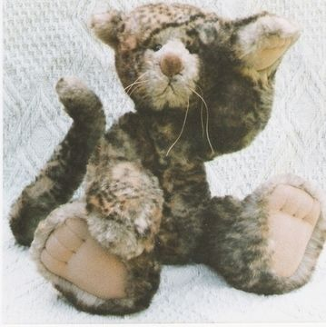 """Download Cat pattern and Illustrated Instructions for Tyger, an 18"""" jointed Cat - Sewing Patterns immediately at Makerist"""