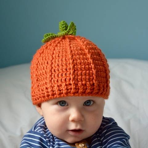 Download The Pumpkin Hat Crochet Pattern immediately at Makerist