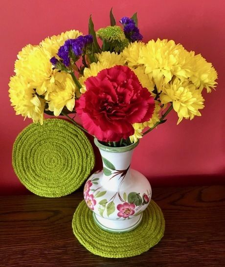 Download I-cord Coaster for a Pot Plant or Vase Knitting Pattern - Knitting Patterns immediately at Makerist