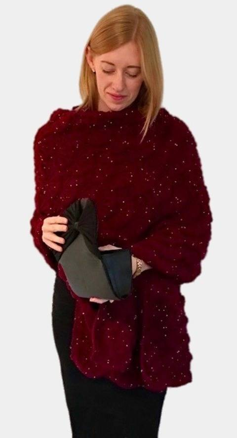 Download Celestra Christmas Party Wrap Shawl Scarf Knitting Pattern immediately at Makerist