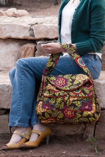 Download Pocket Tote Sewing Pattern - Jen Fox Studios - Sewing Patterns immediately at Makerist