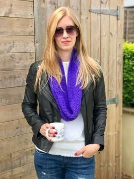 Download Madeleina Lace Cowl Snood Infinity Scarf - Knitting Patterns immediately at Makerist