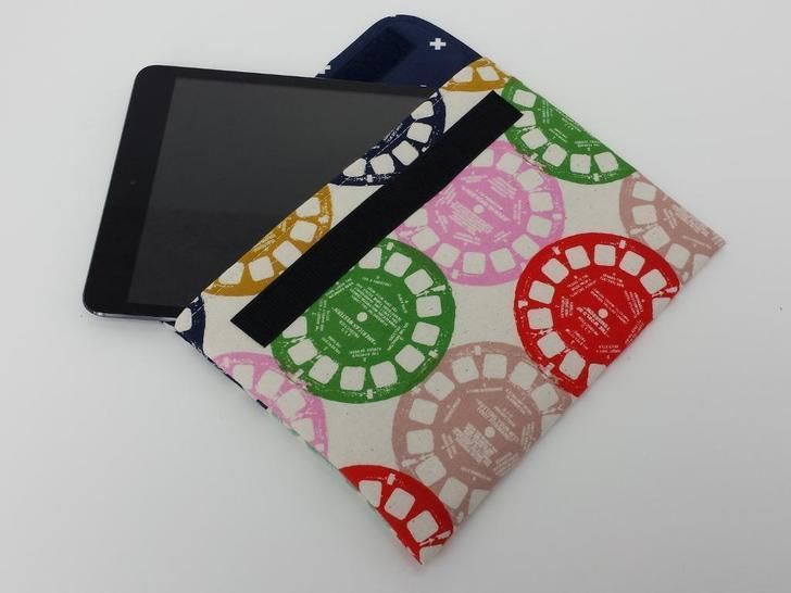 Download Tablet Sleeve Kindle E-Reader Cover Pouch - Sewing Patterns immediately at Makerist