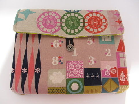Download Padded Laptop Sleeve Cover Pouch bag pouches - Sewing Patterns immediately at Makerist