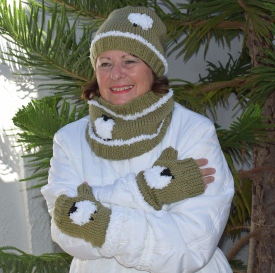 Download Flock of Sheep Winter Warmers - Knitting Patterns immediately at Makerist