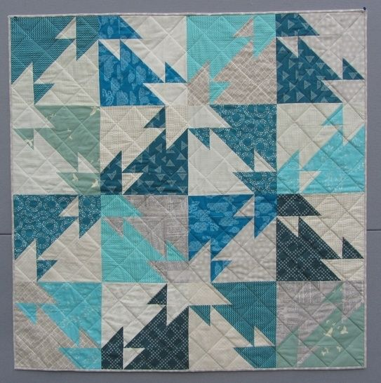 Download Triangle Challenge - modern quilt pattern - quilts patchwork sewing Fat Quater friendly - Patchwork & Quilting immediately at Makerist