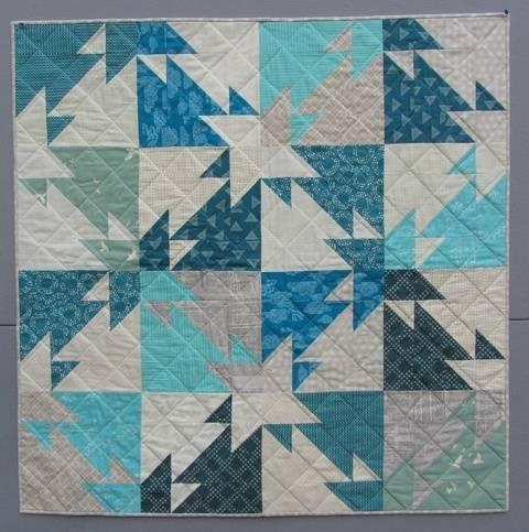 Download Triangle Challenge - modern quilt pattern - quilts patchwork sewing Fat Quater friendly immediately at Makerist
