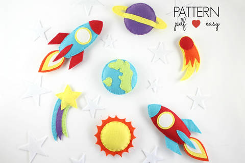 Download Space Baby Mobile Pattern - Planets Spaceship Pattern immediately at Makerist