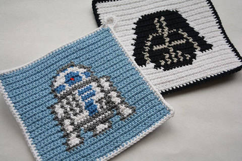 Download Crochet Pattern Set - R2D2 and Darth Vader Potholders - for beginners immediately at Makerist