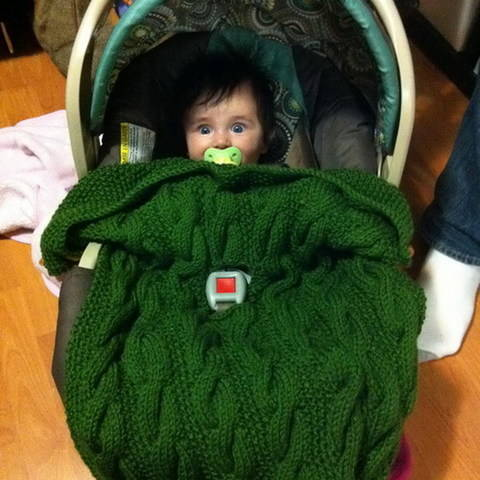 Download Stroller or car-seat blanket - knitting pattern immediately at Makerist
