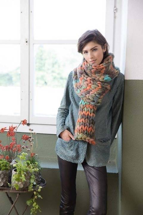 Download Smilla Color Scarf immediately at Makerist