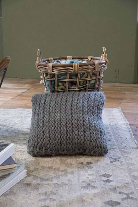 Télécharger Coussin à tricoter  tout de suite sur Makerist