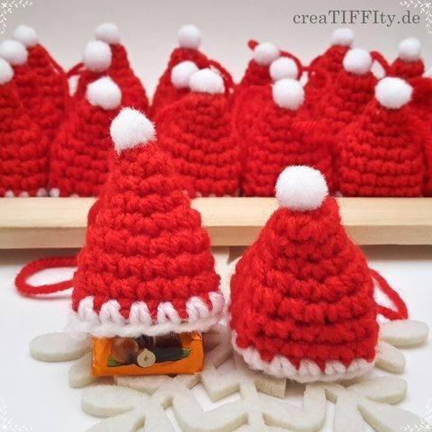 Weihnachtsmütze mit Praline - Häkelanleitung bei Makerist sofort runterladen