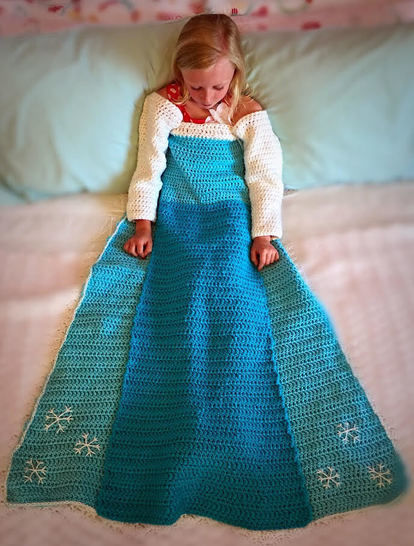 Download Elsa Princess Dress Blanket Crochet Pattern immediately at Makerist