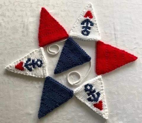 Download Nautical Bunting immediately at Makerist