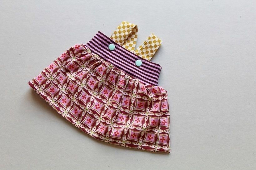 Nähanleitung  einfaches Trägerkleid für Kinder und 50cm Puppen - Nähanleitungen bei Makerist sofort runterladen