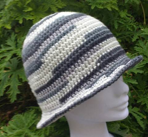 Download Crochet Cloche Pattern immediately at Makerist