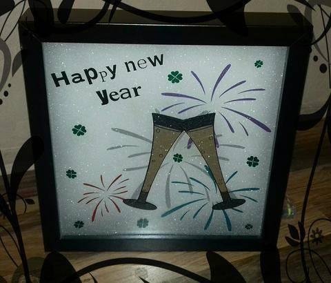 Happy new year  bei Makerist sofort runterladen