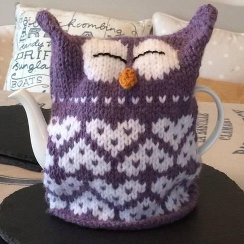 Download Owl Heart Tea Cosy immediately at Makerist