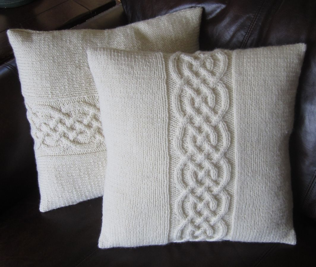 Celtic Knot Pillow Cover Knitting Pattern 16\