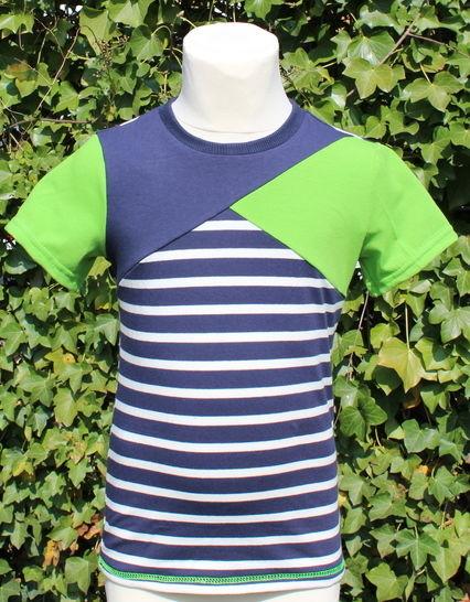 ✂ Schnittmuster Bene ✂ T-Shirt für Jungs mit asymetrischer Teilung - Nähanleitungen bei Makerist sofort runterladen