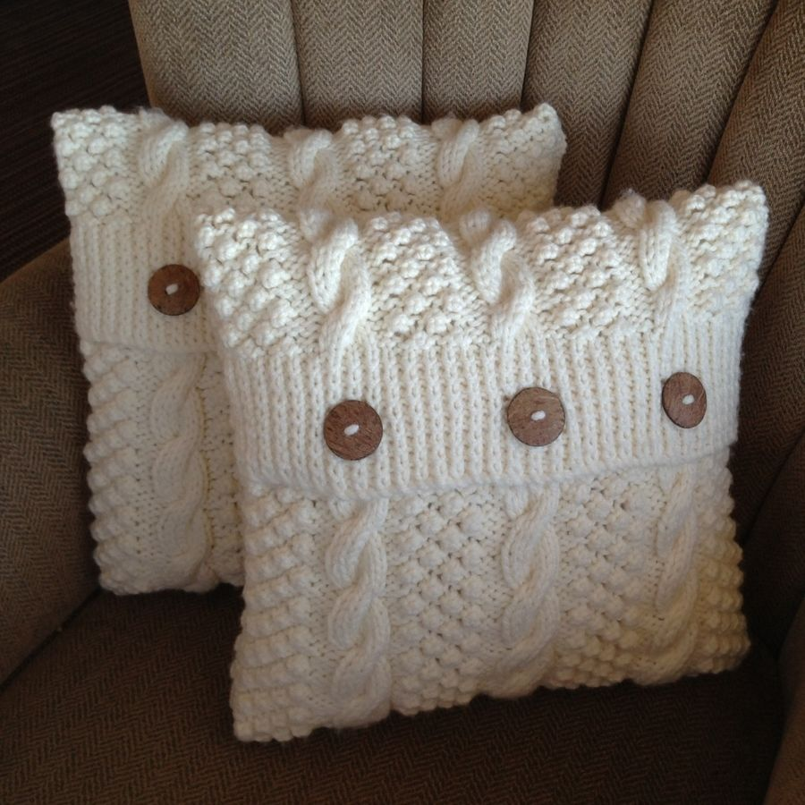 Blackberry Cables 16\'/40cm cushion cover - PDF KNITTING PATTERN
