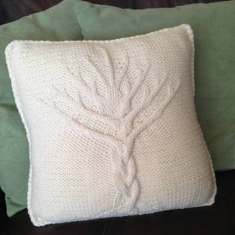 Download Tree of Life cushion cover - PDF knitting pattern immediately at Makerist