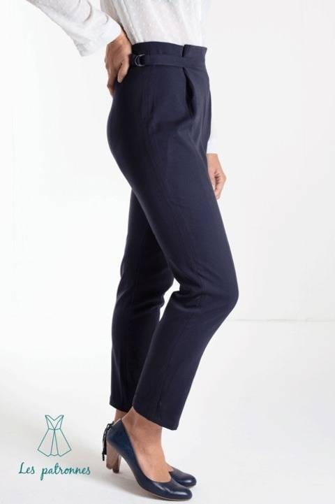 Download Calder Pants - Women easy trousers with front folds -beginner immediately at Makerist