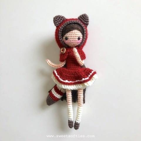 Download Little Red Pandora - Amigurumi Red Panda Girl Anime Doll immediately at Makerist