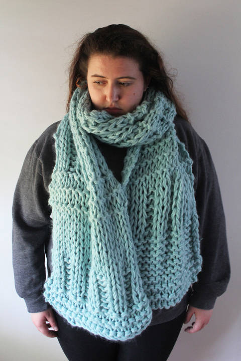 Download Knitted Ice Blue Scarf - Knitting Pattern immediately at Makerist