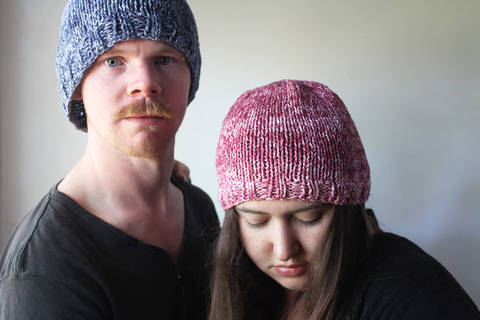 Download Knitted Couple Beanies - Knitting Pattern immediately at Makerist