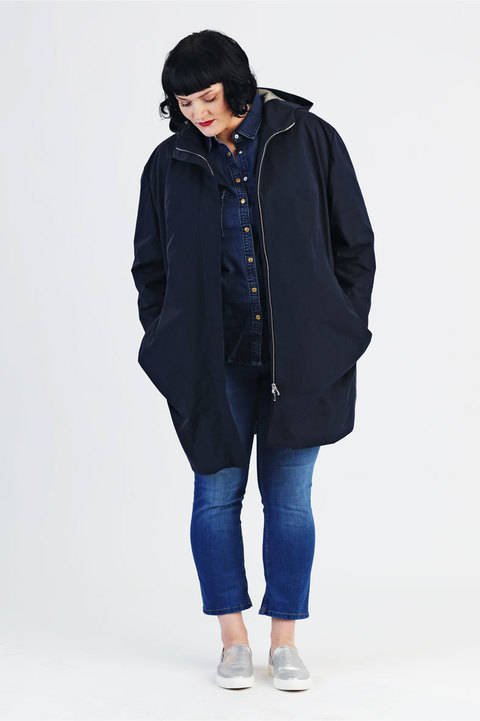 Download Coat Amy for plussizes - Sewing pattern and instruction with pictures immediately at Makerist