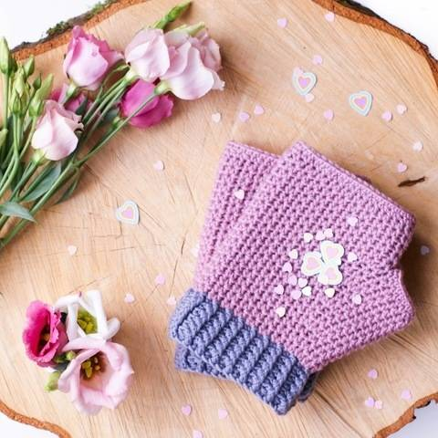 Download Line Up!  Mollie Mitts Crochet Pattern (with fleece lining). immediately at Makerist
