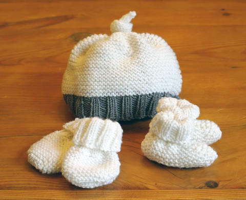 Download Easy baby hat, booties & mittens set immediately at Makerist