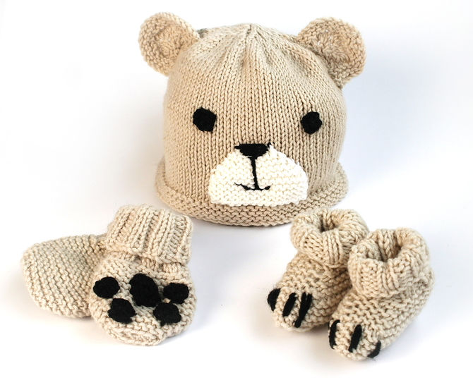 Easy baby bear hat, booties & mittens set
