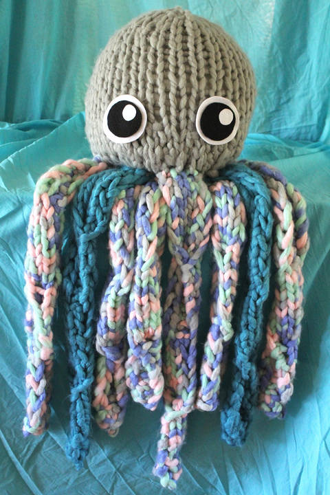 Download Octavius The Knitted Octopus - Knitting Pattern immediately at Makerist