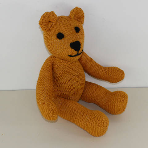 Download Simple Teddy Bear immediately at Makerist