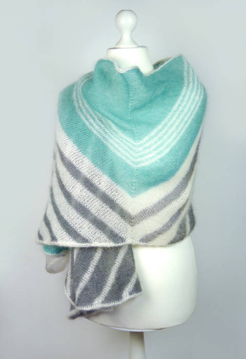 Download Shawl/stole/wrap WINDSEEKER, knitting pattern immediately at Makerist