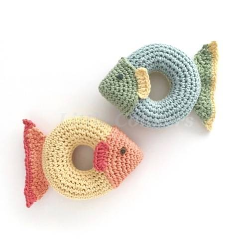 Download Grippy Fish Toy Crochet Pattern immediately at Makerist