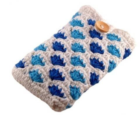 Häkelanleitung Smartphonetasche mit Muschelmuster bei Makerist sofort runterladen